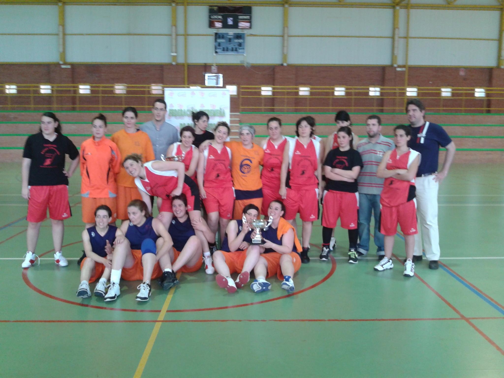 El equipo Lusitania ganador del trofeo Diputación Femenino