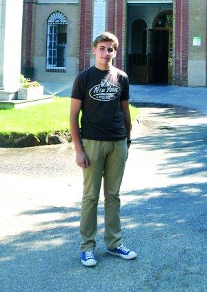 A Mario Zapata Encinas le conceden una beca para estudiar dos años en Mostar